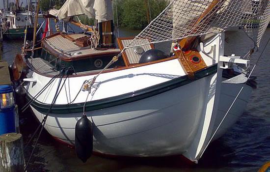 Charteryacht  Dorothee - Plattbodenschiff ohne Skipper ab Workum
